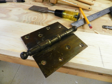 ....that this hinge will fit into...