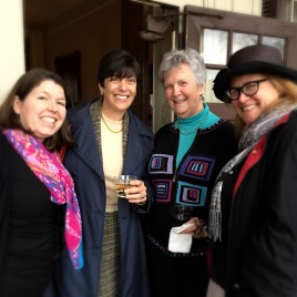Menokin staff Mavora Donoghue (l) and Alice French (r) enjoyed relaxing with Trustees Ro King (2l) and Penelope Saffer (2r).